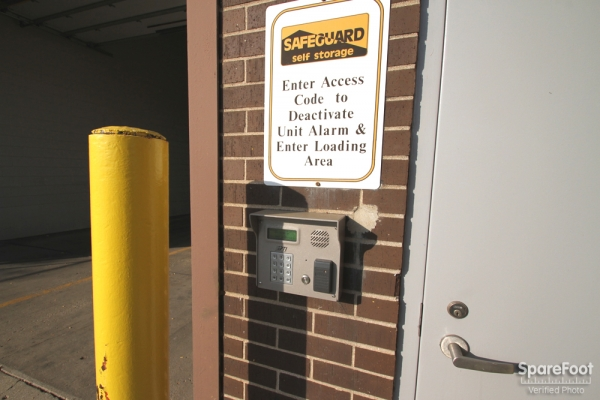 Safeguard Self Storage - Des Plaines - Mannheim Rd - Photo 4