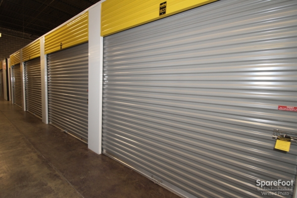 Safeguard Self Storage - Des Plaines - Mannheim Rd - Photo 6