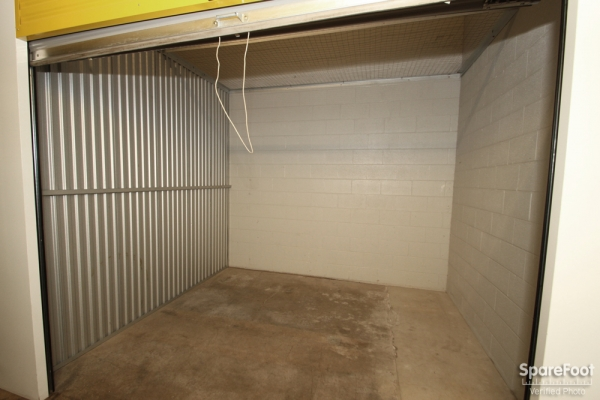 Safeguard Self Storage - Des Plaines - Mannheim Rd - Photo 7