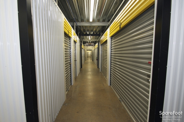 Safeguard Self Storage - Des Plaines - Mannheim Rd - Photo 10