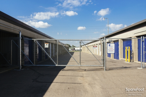 Simply Self Storage - Burnsville - Photo 2