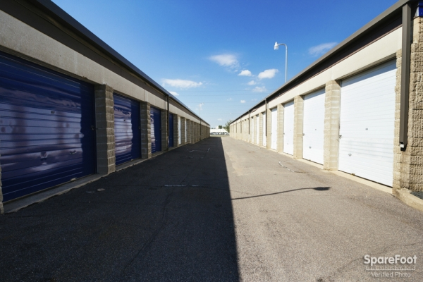 Simply Self Storage - Burnsville - Photo 5