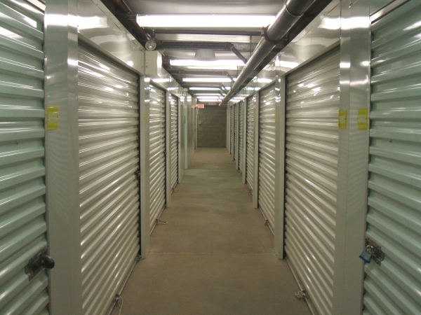 Simply Self Storage - Lincoln Park - Photo 3