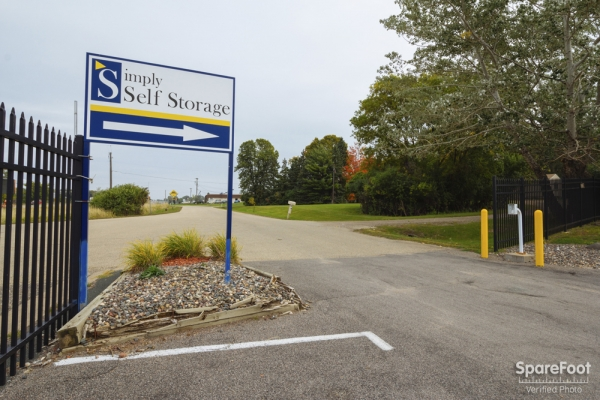 Simply Self Storage - Vadnais Heights - Photo 2