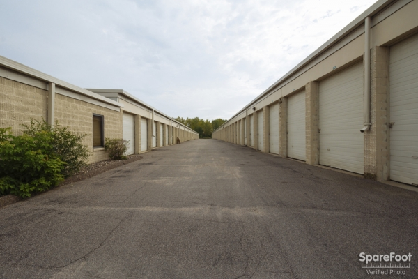 Simply Self Storage - Vadnais Heights - Photo 8
