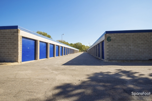 Simply Self Storage - Coon Rapids/Blaine - Photo 4