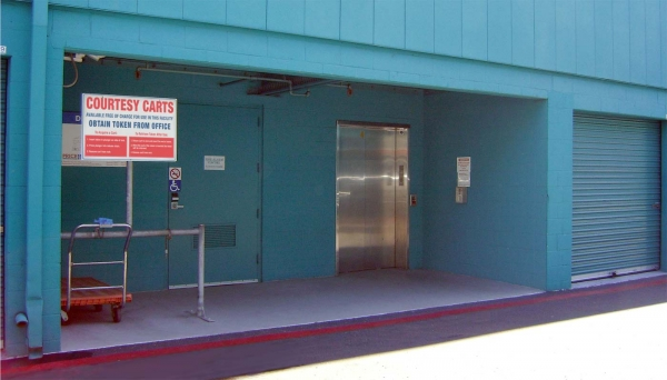 Price Self Storage Pacific Beach - Photo 6