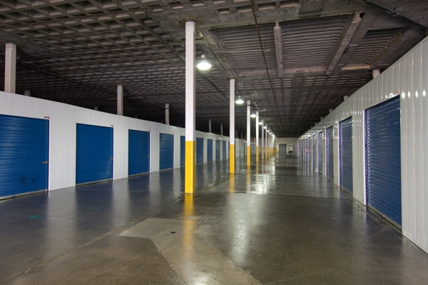 Price Self Storage West LA - Photo 4