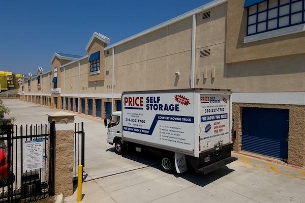 Price Self Storage National Boulevard - Photo 8