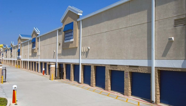 Price Self Storage National Boulevard - Photo 12