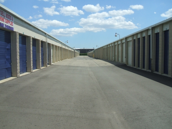 Simply Self Storage - Livonia - Photo 5