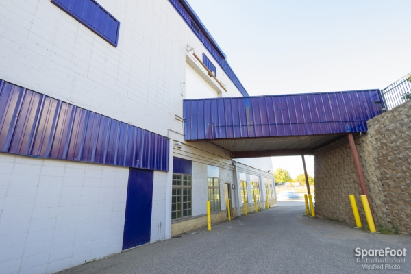 Simply Self Storage - Hiawatha II/Minneapolis - Photo 3
