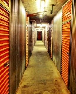 Walnut Bridge Parking & Storage - Photo 2