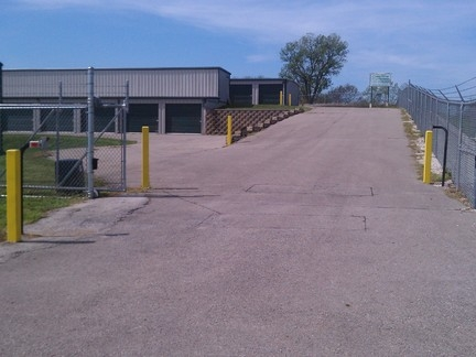 Crestline Storage - Gilman - Photo 3