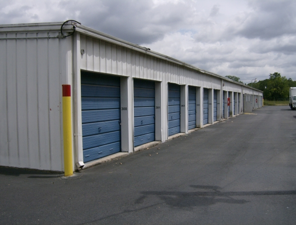 Watson & Taylor Self Storage - Little York - Photo 3