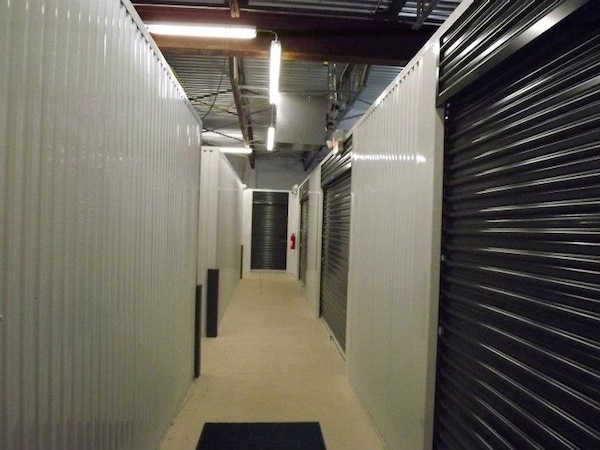 Moore Self Storage - Rodi - Photo 4