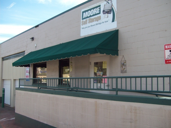 Moore Self Storage - Rodi - Photo 2