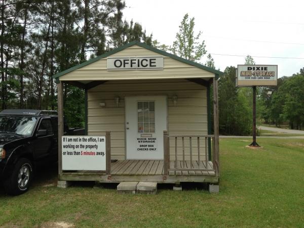 Dixie Mini-Storage - Photo 1