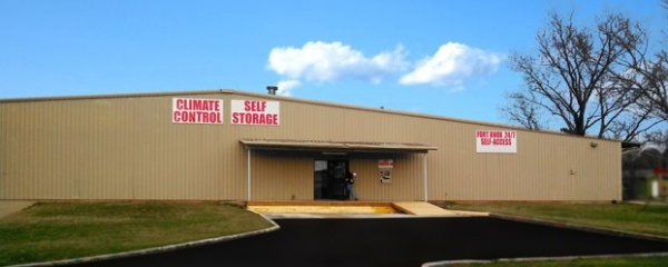 Fort Knox 24/7 Self Storage of Cleveland - Photo 2