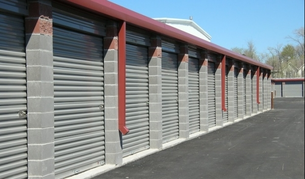 Salt Lake Self Storage - Photo 4