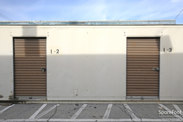 Space Bank Mini Storage - Pasadena - Photo 7