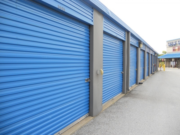 Self Storage Plus - Boston Street - Photo 3