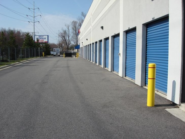Self Storage Plus - Gambrills - Photo 4