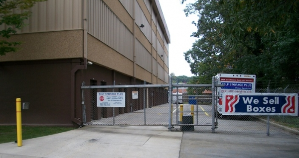 Self Storage Plus - Greenbelt - Photo 2