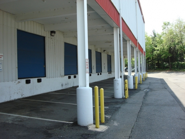 Self Storage Plus - Potomac Yards - Photo 5