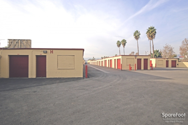 BA Self Storage - Photo 5