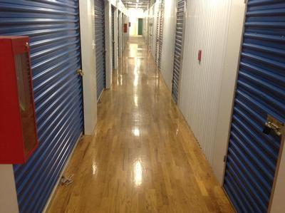 Uncle Bob's Self Storage - Chicago - North Western Avenue - Photo 5