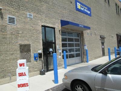 Uncle Bob's Self Storage - Chicago - North Broadway - Photo 5