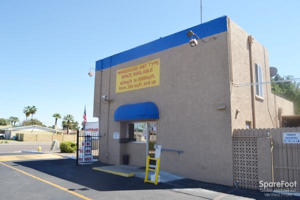 US Storage Centers - Glendale - Photo 8