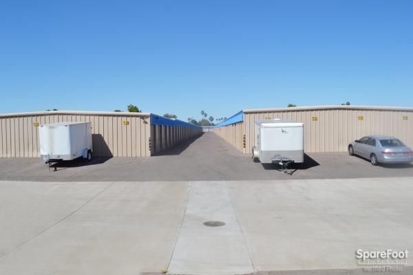 US Storage Centers - Glendale - Photo 11