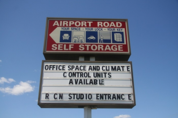 Airport Road Self Storage - 7249 Airport Rd, Bath PA 18014 - Signage