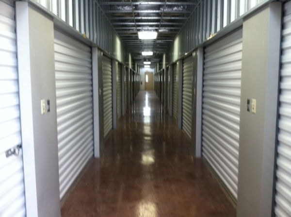 Texas Wide Self Storage - Loop - Photo 3