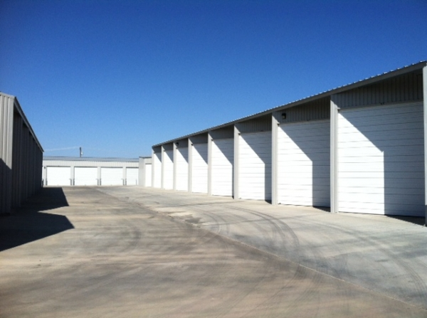 Texas Wide Self Storage - Loop - Photo 5