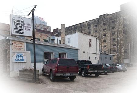 Downtown Mini Warehouse - Photo 8