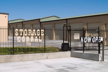 Storage Corral - Photo 3