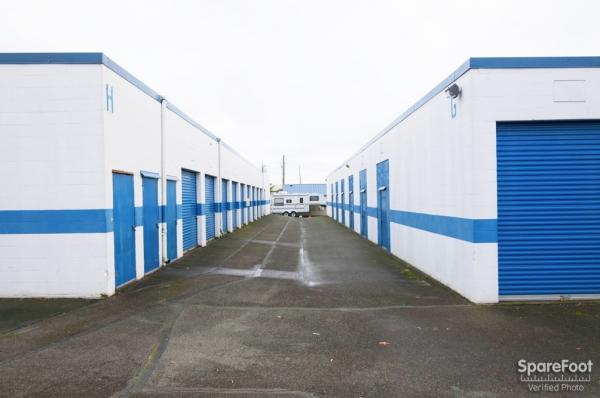 Storage Court of Tacoma - Photo 8
