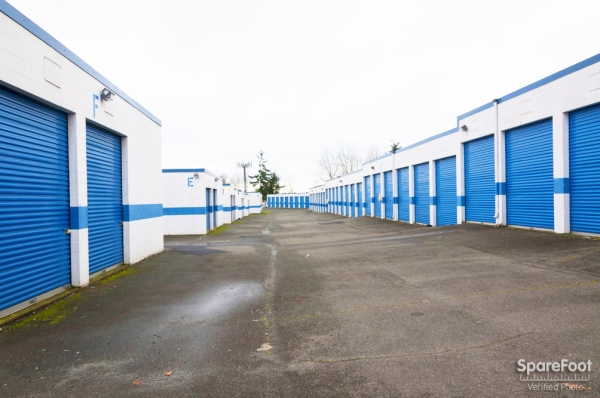 Storage Court of Tacoma - Photo 9