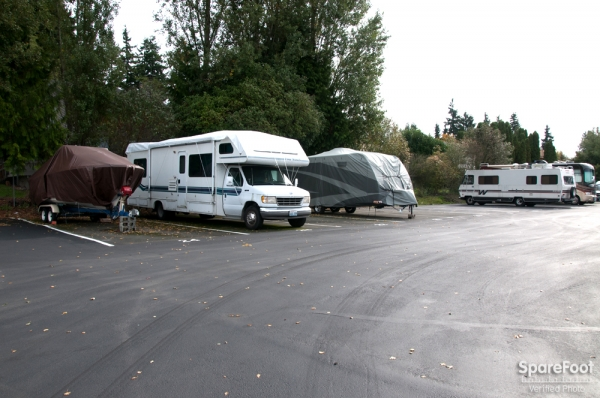 Storage Court of Shoreline - Photo 18