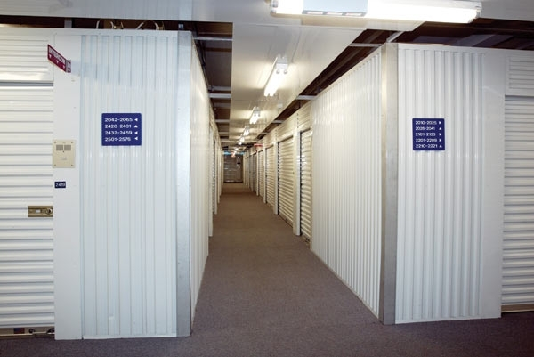 The Lock Up Storage Centers - Clybourn - Photo 14