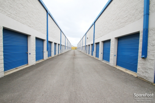 The Lock Up Storage Centers - River Grove - Photo 7