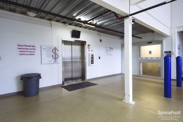 The Lock Up Storage Centers - Eden Prairie - Photo 14