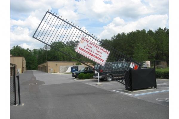 Devon Self Storage - Gainesville - Photo 3