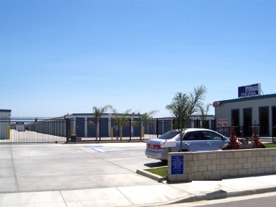Shafter Self Storage - Photo 2