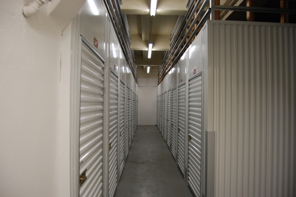 A-1 Self Storage - Portland - Photo 3