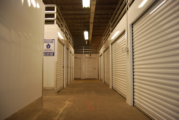 A-1 Self Storage - Portland - Photo 9