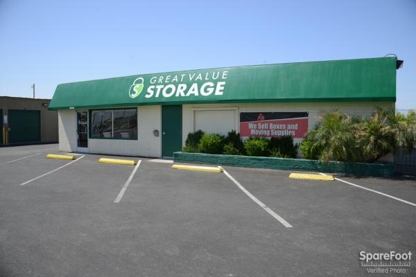 Great Value Storage - Nellis - Photo 2